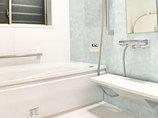 バスルームリフォーム予算を抑えて明るい浴室へリフォーム
