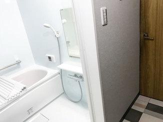 バスルームリフォーム バランス釜を撤去して広々とした使いやすい浴室に