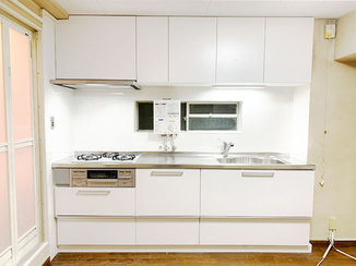キッチンリフォーム 使いやすさを追求した収納力抜群のシステムキッチン