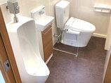 トイレリフォーム最先端の設備で従業員みんなが使いやすく、掃除もしやすいトイレ
