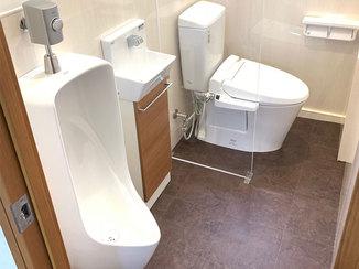 トイレリフォーム 最先端の設備で従業員みんなが使いやすく、掃除もしやすいトイレ