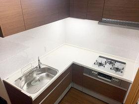 キッチンリフォームスペースを有効活用した、使いやすいL型キッチン