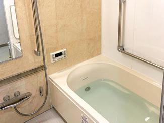 バスルームリフォーム リラックスできるカッコいい水廻り設備