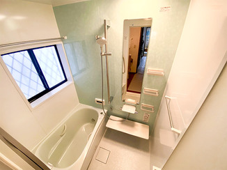 バスルームリフォーム 入り心地の良いお風呂と、掃除がしやすい洗面台&トイレ